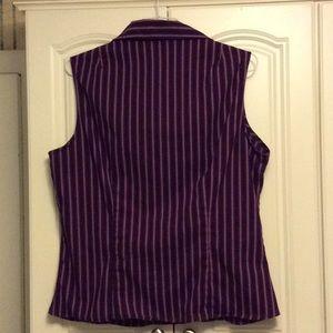 New York & Company Tops - Sleeveless button down shirt